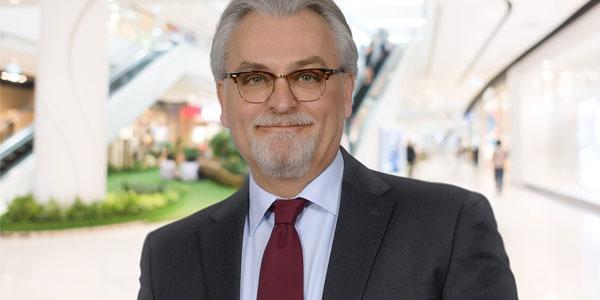 Hausleiter im Möbelhaus Bamberg – Olaf Balschun